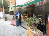Setlere kiralık cafe