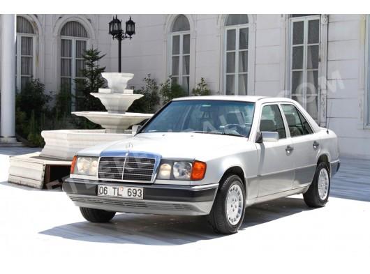 Klasik orjinal Mercedes