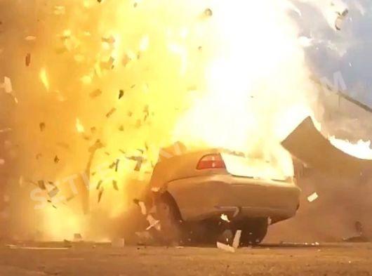 Kaza sahneleri için kazalı araçlar