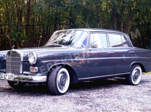 RESTORASYONLU 1964 MODEL MERCEDES 190 W110