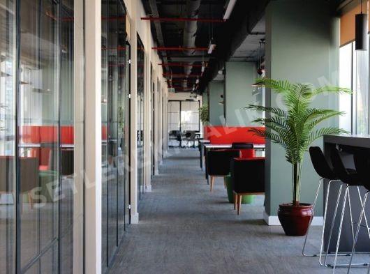 1600 M2 Ofis Alanı